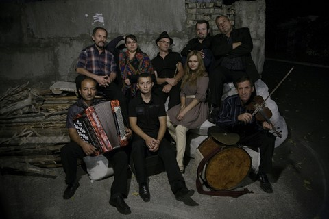 AKROPOLIS: Hudaki Village Band
